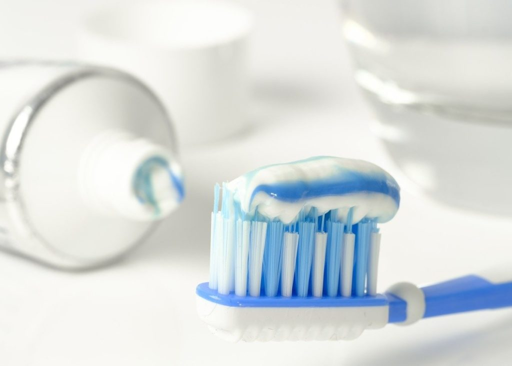 Tag der Zahnbürste<br><small><small>24. Februar</small></small>