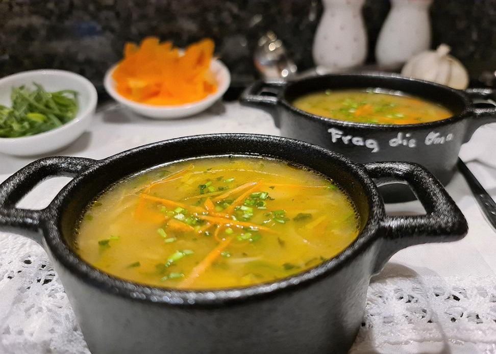Gemüsesuppe<br><small><small>ein Rezept – 3 Varianten</small></small>