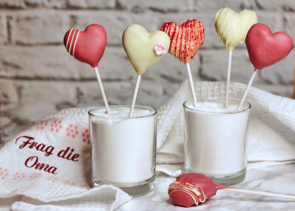 Read more about the article Herz-Cake-Pops